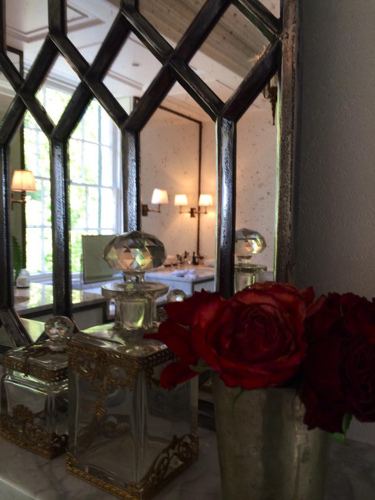 Decorative Polished Cast Iron Elegant Window Mirror Panels ...